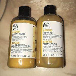 The body shop banana shampoo and conditioner set